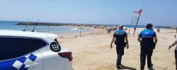 Imatge de La Policia Local a peu de platja 4