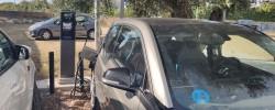 Imatge de Es reparen els dos punts de recàrrega de vehicles elèctrics 10