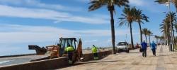 Imatge de Iniciats els treballs de retirada de la sorra del Passeig Marítim 4