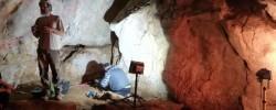 Imatge de Llum verda a una nova excavació a la Cova de l'Avenc 2
